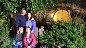 hobbiton-family-5